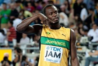 Usain Bolt plays Jorkyball